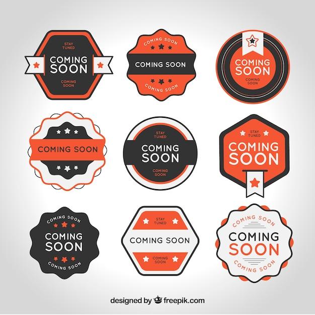 Platte verzameling van binnenkort postzegels met oranje details Gratis Vector