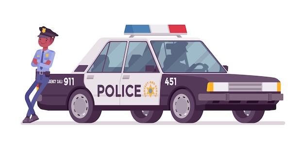 Politieagent dichtbij patrouillewagen Premium Vector