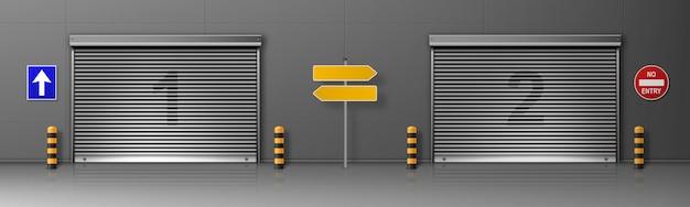 Poort met metalen rolluik in de logistieke centrum gebouw. realistische illustratie van vrachtdeuren in magazijn of distributiehub met rolluiken. commerciële garage met automatische deuren Gratis Vector
