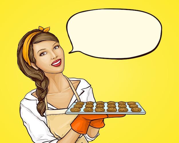 Popart vrouw met dienblad met koekjes Gratis Vector
