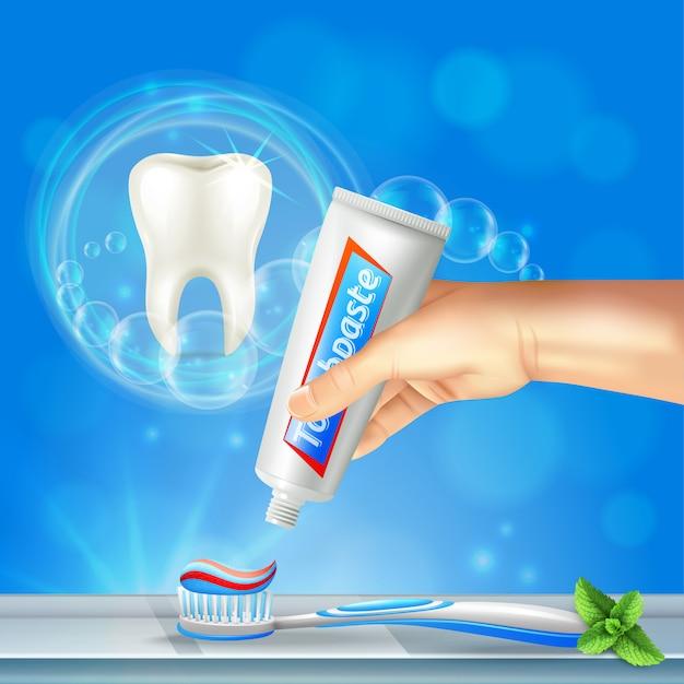 Preventieve tandheelkunde mondverzorging realistische samenstelling met glanzende tand en hand knijpen tandpasta op tandenborstel Gratis Vector