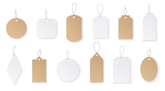 Prijskaartjes. witboek blanco hangende etiketten met koord. Premium Vector