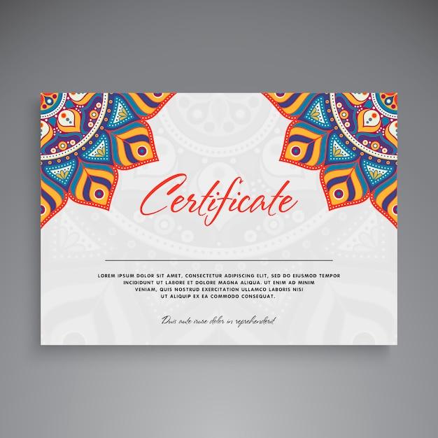 Professioneel certificaatsjabloonontwerp Gratis Vector