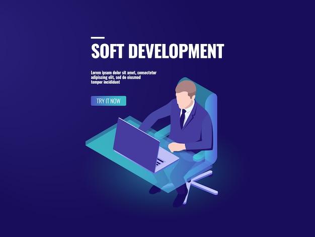 Programmeur ontwikkeling van een software, isometrische programmering, business analytics Gratis Vector