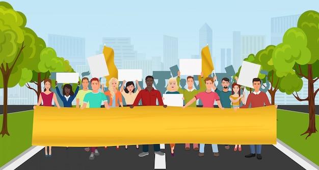 Protest mensen met een groot plakkaat bij demonstratie Premium Vector