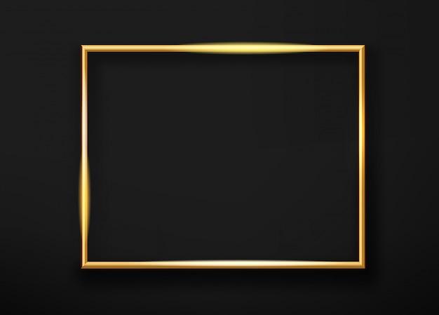 Realistische gouden horizontale glanzende photoframe op een zwarte muur. vector illustratie Premium Vector