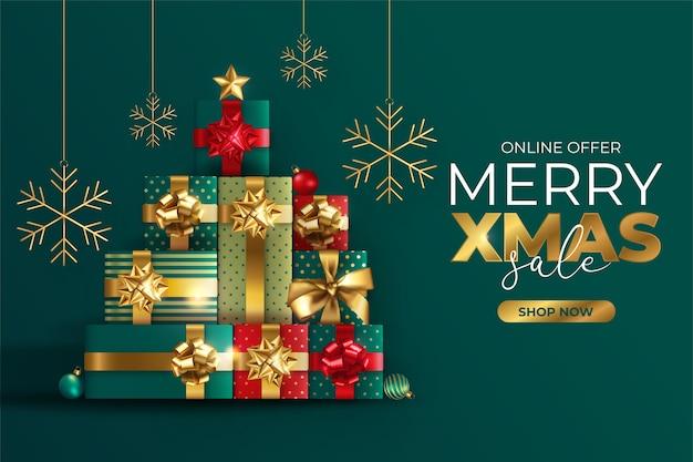 Realistische kerst verkoop banner met boom gemaakt van cadeautjes Gratis Vector