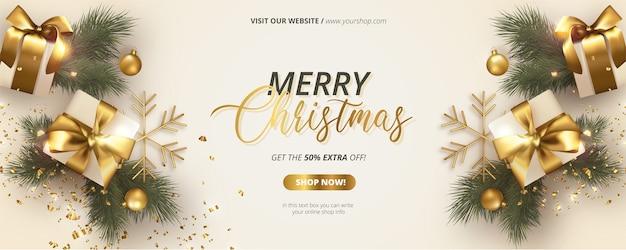 Realistische kerstbanner met witte en gouden decoratie Gratis Vector