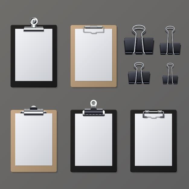 Realistische klemborden met leeg witboekblad. kladblok informatiebord vectorillustratie. klembord en blad papierpagina Premium Vector