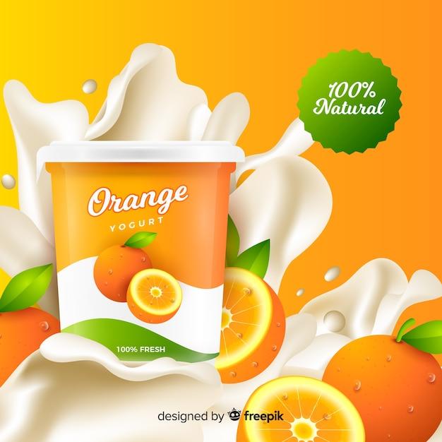 Realistische oranje yoghurtreclame Gratis Vector