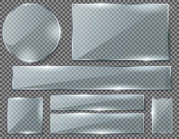 Realistische set transparante glasplaten, lege glanzende frames geïsoleerd op de achtergrond. Gratis Vector