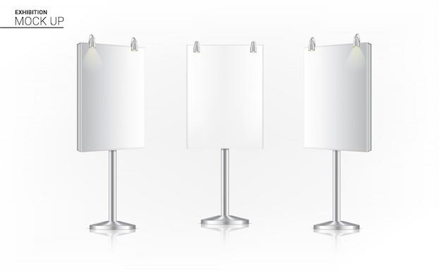 Realistische standaard roll up banner kiosk display 3d pop booth met spotlight Premium Vector
