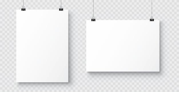 Realistische witte blanco a4-papieren poster die aan een touw met clip hangt Premium Vector
