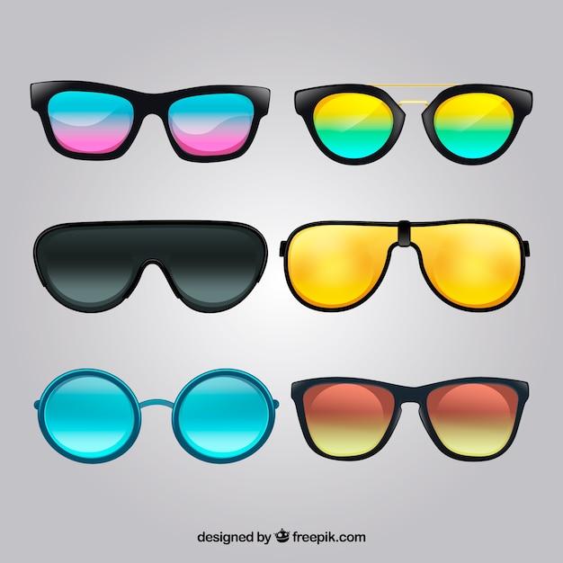 Realistische zonnebrillencollectie Gratis Vector