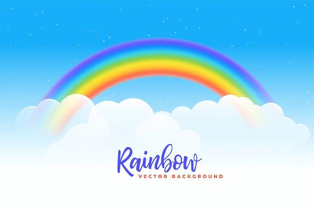 Regenboog en wolkenachtergrond Gratis Vector