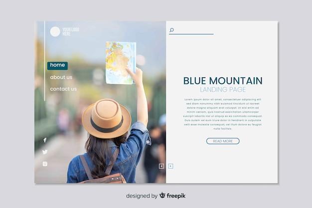 Reislandingspagina met foto online marketing Gratis Vector