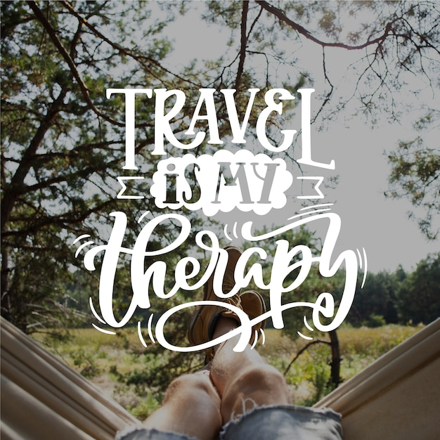 Reizen is mijn therapie belettering Gratis Vector