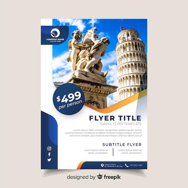 Reizig brochure sjabloon met foto Gratis Vector