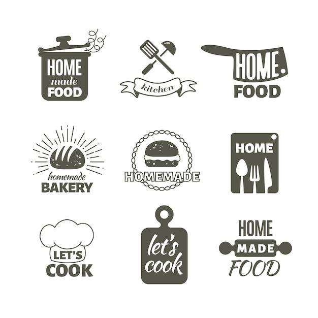 Retro keuken koken thuis badges en logo's Premium Vector
