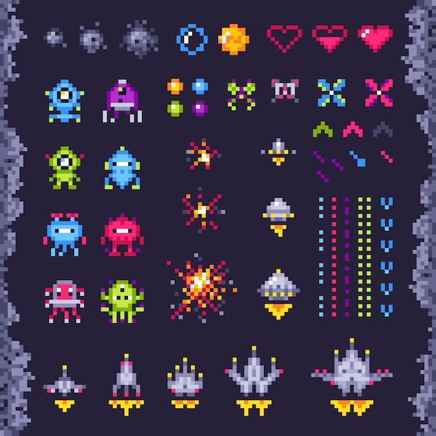 Retro ruimte arcade spel. invaders ruimteschip, pixel invader monster en retro video games pixel kunst geïsoleerde objecten illustratie set Premium Vector