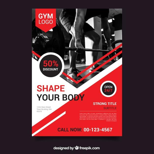 Rode sportschool flyer sjabloon met afbeelding Gratis Vector