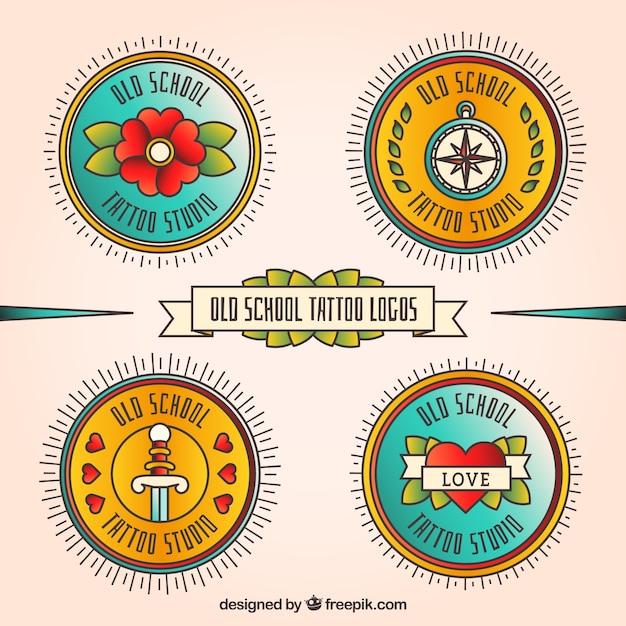 Ronde logo's tattoo in retro stijl Gratis Vector