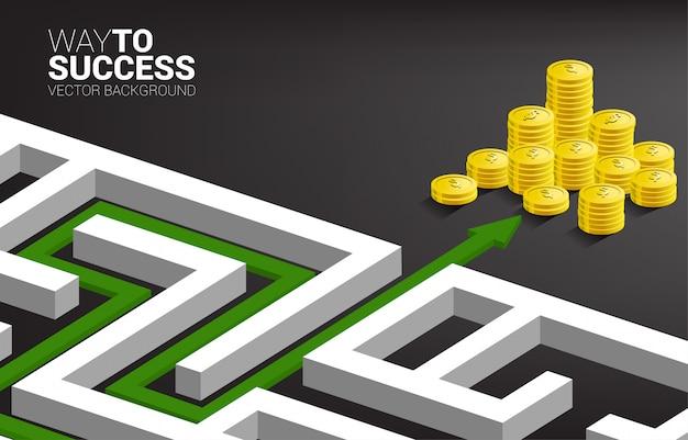 Route naar gouden muntenstapel bij uitgang van doolhof. Premium Vector