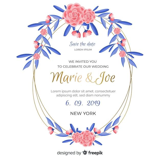 Roze bloemenframe met de blauwe uitnodiging van het bladerenhuwelijk Gratis Vector