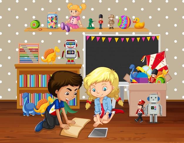 Scène met kinderen lezen boek in de kamer Gratis Vector