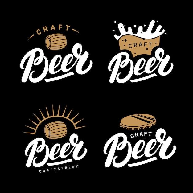 Set van bier handgeschreven letters logo's Premium Vector