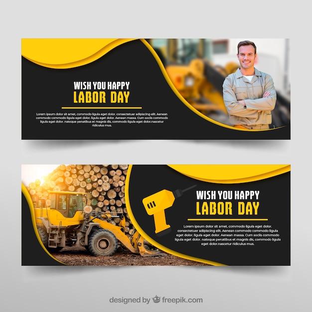 Set van dag van de Arbeid banners in de hand getrokken stijl Gratis Vector