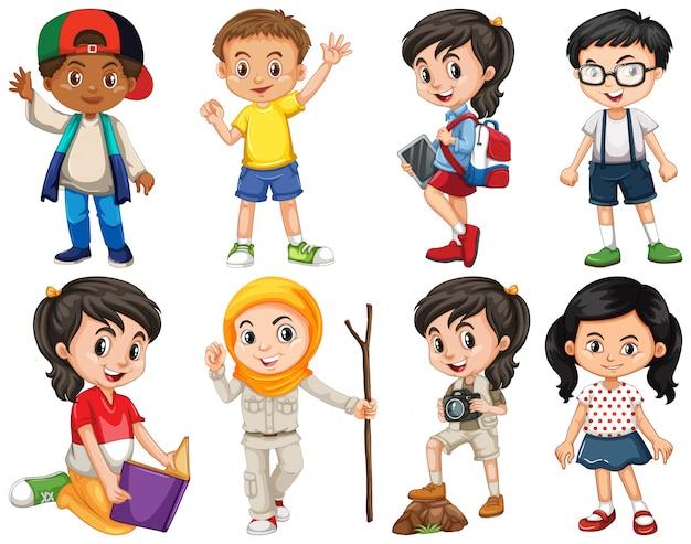 Set van gelukkige kinderen doen verschillende acties Gratis Vector