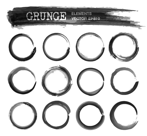 Set van grunge realistische inkt aquarel schilderij cirkel frame Premium Vector