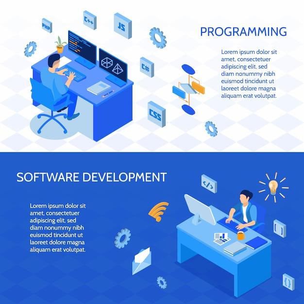 Set van horizontale isometrische banners programmeurs tijdens codering en ontwikkeling van software geïsoleerd Gratis Vector