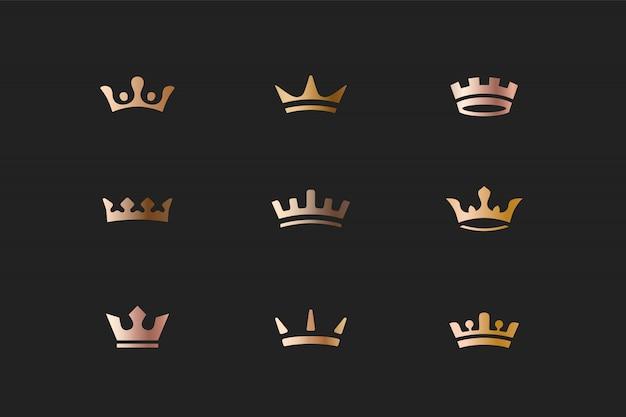 Set van koninklijke gouden kronen pictogrammen en logo's Premium Vector