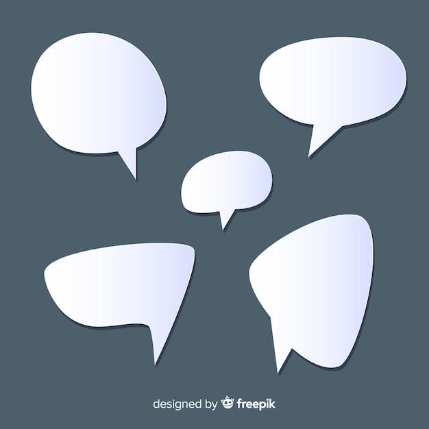 Set van platte ontwerp tekstballonnen in papierstijl Gratis Vector