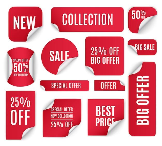 Set van rode papieren stickers te koop op een witte achtergrond. ronde, vierkante, rechthoekige, gedraaide rode verkoopbanners, etiketten, tags. Premium Vector