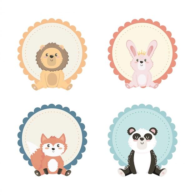 Set van schattige dieren met label decoratie Gratis Vector