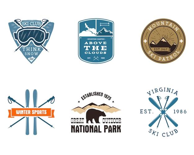 Set van ski-club, nationaal park etiketten. vintage mountain winter camping explorer badges. outdoor avontuur logo ontwerp. kleurplaten voor reizen en hipster. snowboard pictogram symbool. wildernis. Premium Vector