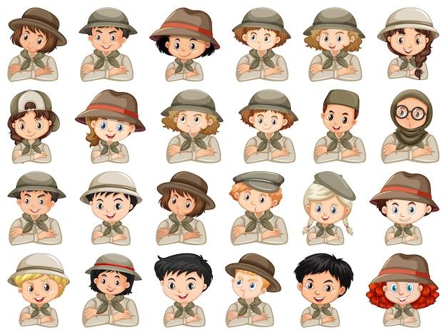 Set van verschillende karakters van jongens en meisjes scout kostuum op een witte achtergrond Premium Vector