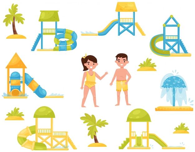 Set van verschillende kinderen glijbanen. aqua park apparatuur. kinderen in zwemkleding Premium Vector