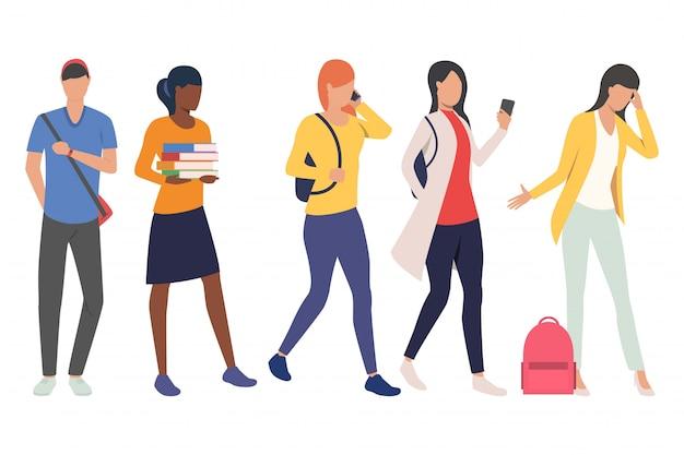 Set van vrouwelijke en mannelijke studenten in beweging Gratis Vector