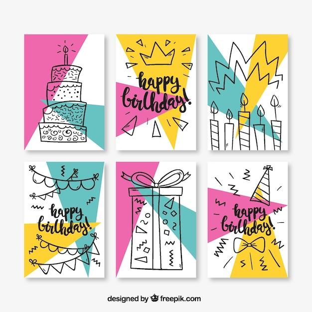 Set van zes verjaardagskaarten in memphis stijl Gratis Vector