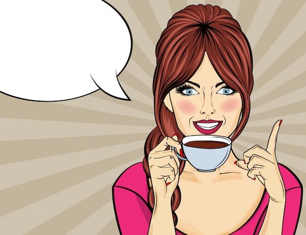 Sexy pop-artvrouw met koffiekop. adverteren poster in komische stijl. vector Premium Vector