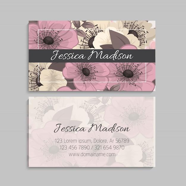 Sjabloon voor visitekaartjes met bloemmotief Gratis Vector