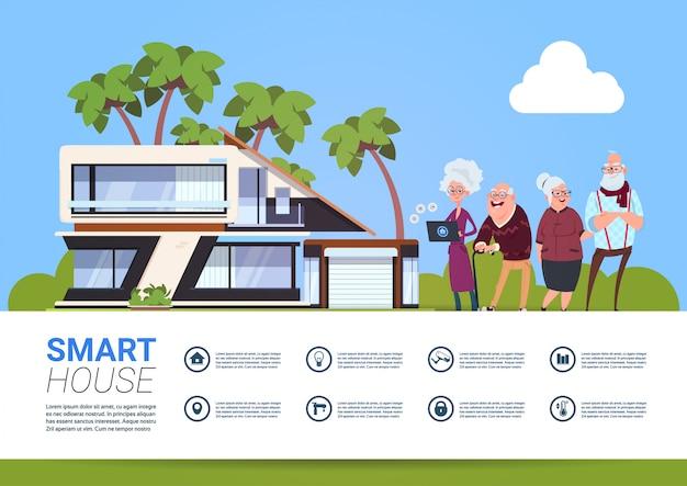 Slimme huistechnologie van huisautomatiseringsconcept met groep hogere mensen die controlemechanisme digitale tablet houden Premium Vector