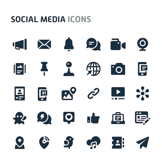 Social media icon set. fillio black icon-serie. Premium Vector