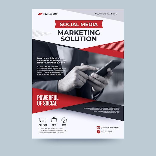Social media marketing oplossing zakelijke flyer-sjabloon Premium Vector