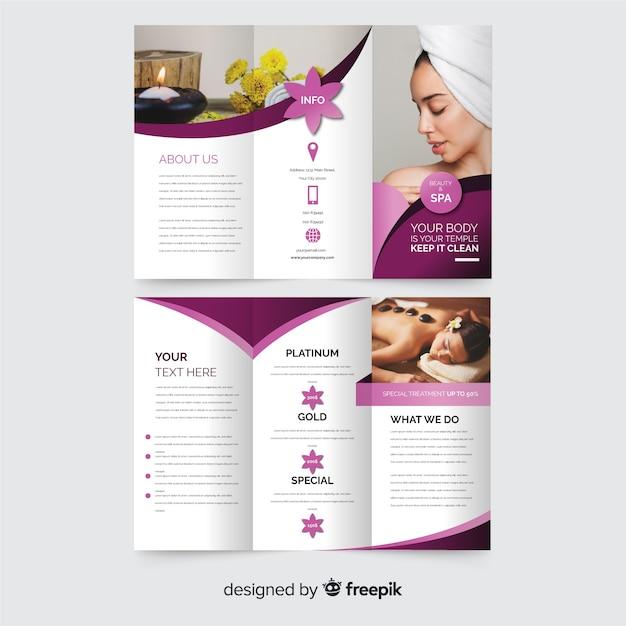 Spa driebladige brochuremalplaatje Gratis Vector