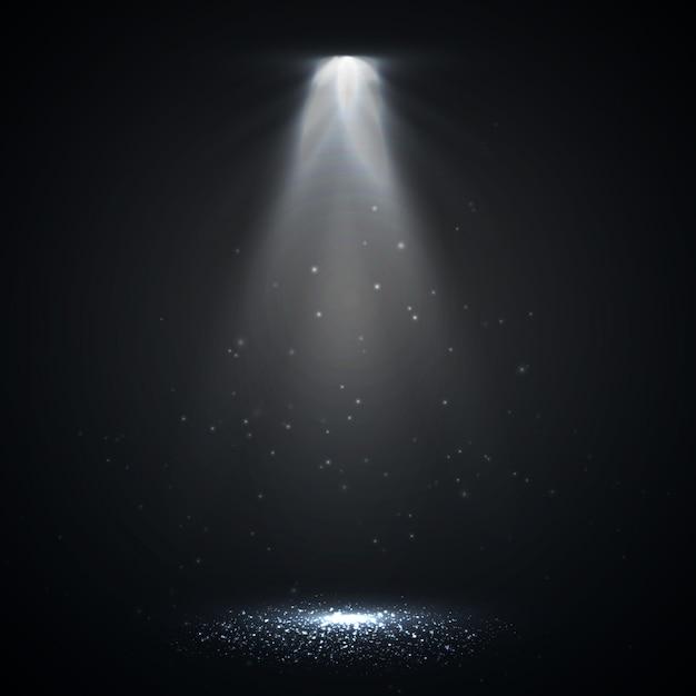 Spotlight geïsoleerd. vector gloeiend lichteffect met stralen Premium Vector
